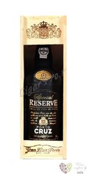 "Cruz "" Special reserve  "" wood box tawny Porto DO 19% vol.   0.75 l"