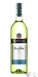 "Sauvignon blanc "" Foundation "" 2013 South Africa Western Cape Nederburg 0.75 l"