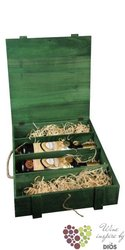 Wood box green for 4 bottles with fillings