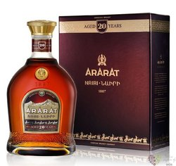 "Ararat "" Nairy "" aged 20 years Armenian brandy 40% vol.     0.70 l"
