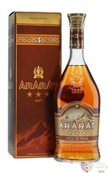 "Ararat "" Three stars "" aged 3 years Armenian brandy by Yerevan brandy company 40% vol.  0.70 l"