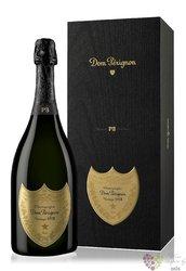 """Dom Perignon blanc 2002 """" P2 """" gift box brut Champagne Aoc  0.75 l"""