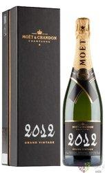 "Moet & Chandon blanc "" Grand vintage "" 2012 gift box brut Champagne Aoc  0.75 l"