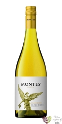 "Chardonnay reserva "" Classic series "" 2012 Curico valley viňa Montes  0.75 l"