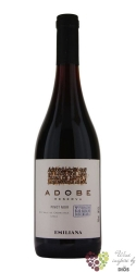 "Pinot noir reserva "" Adobe "" 2015 Casablanca valley Emiliana organic vineyards 0.75 l"