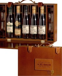 "A.E. Dor "" Valise for Week end "" luxury collection of Cognac Aoc 40% vol.   5 x0.35 l"