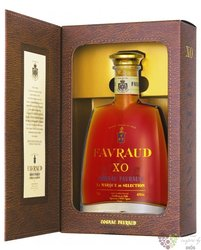 "Favraud "" XO "" gift box Cognac Aoc 40% vol.  0.70 l"