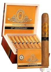 "Perdomo Reserve 10th Anniversary "" Puritos Connecticut "" Nicaraguan cigars"