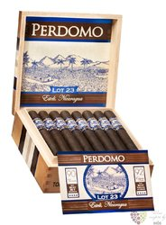 "Perdomo Lot 23 "" Gordito Maduro "" Nicaraguan cigars"