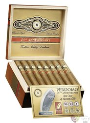 "Perdomo 20th Anniversary "" Robusto Connecticut "" Nicaraguan cigars"