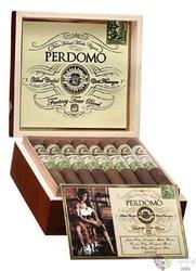 """Perdomo Factory Tour """" Blend Robusto Maduro """" Nicaraguan cigars"""