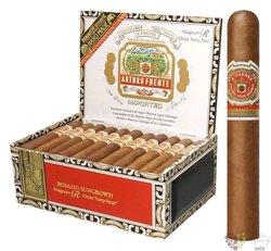 """Arturo Fuente Magnum """" Rosado R44 """" Dominican cigars"""