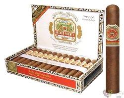 """Arturo Fuente Magnum """" Rosado R52 """" Dominican cigars"""