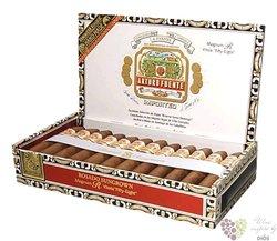 """Arturo Fuente Magnum """" Rosado R54 """" Dominican cigars"""