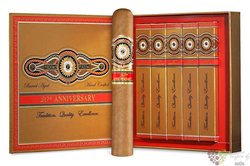 "Perdomo 20th Anniversary "" Epicure Connecticut "" gift Set 5 ER Nicaraguan cigars"