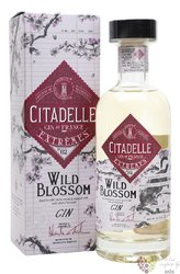 "Citadelle Extremes no.II "" Wild Blossom "" premium French aged gin 42.6% vol.  0.70 l"