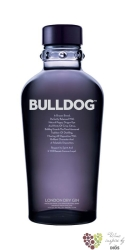 Bulldog exclusive London dry gin of Great Britain 40% vol.    0.05 l