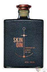 "Skin "" Anthrazite grey "" handcrafted German gin 42% vol.  0.50 l"