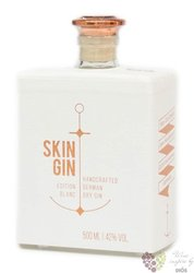 "Skin "" Blanc "" handcrafted German gin 42% vol.  0.50 l"