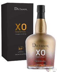 "Dictador XO "" Perpetual "" aged rum of Colombia 40% vol.   0.70 l"