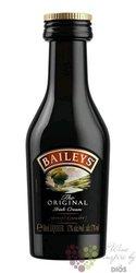 "Baileys "" Original "" Irish whiskey cream liqueur 17% vol.  0.05 l"