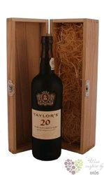 "Taylor´s 20 years old "" Wood aged tawny "" wood box Porto Doc 20% vol.   0.75 l"