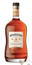 "Appleton Estate "" Reserve blend  "" aged  Jamaican rum 40% vol.   0.70 l"