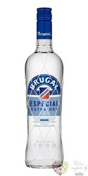 "Brugal blanco "" Especial extra dry "" white rum of Dominican republic 40% vol.  1.00 l"