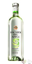"Bacardi "" Big Apple "" flavored Puerto Rican rum 35% vol.  0.05 l"