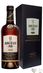 """Abuelo """" Two Oaks """" aged 12 years Panamas rum 40% vol.  0.70 l"""