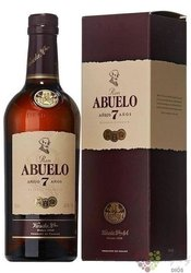 "Abuelo "" Aňejo 7 aňos "" aged Panamas rum 40% vol.  0.70 l"