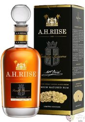 "A.H. Riise "" Family Reserve Solera 1838 "" gift box Danish rum of Virginia islands 42% vol.  0.70 l"