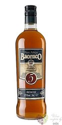 "Baoruco "" Aňejo "" aged 5 years rum of Dominican republic 37.5% vol.    0.70 l"
