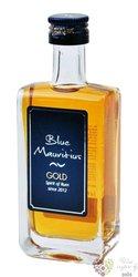 """Blue Mauritius """" Gold """" aged rum of Mauritius 40% vol.  0.05 l"""