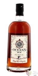 "Ocean´s "" Tasty & Singular "" aged 7 years caribbean rum of Canary Islands 40% vol.    0.70 l"