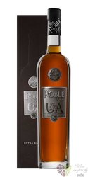 "Roble "" UA Ultra anejo "" aged rum of Venezuela 40% vol.  0.70 l"