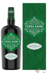"Odevie Sas "" Tierra Madre "" gift box aged Guatemalan rum 40% vol.  0.70 l"