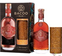 Bacoo aged 7 years gift set Dominicana rum 40% vol.  0.70 l