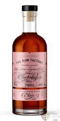 "the Rum Factory "" Elixir "" flavored Panamas rum 34% vol.  0.70 l"
