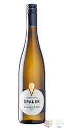 Rulandské bílé 2017 moravské zemské víno z vinařství rodiny Špalkovy   0.75 l