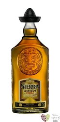 "Sierra Antiguo "" Reposado "" 100% of Blue agave Mexican tequila 40% vol.     0.70 l"