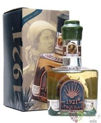 "1921 "" Reposado "" 100% of Blue agave Mexican tequila 40% vol.   0.70 l"