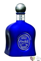 "Casa Noble "" Reposado Single barrel "" 100% of Blue agave Mexican tequila 40% vol.    0.70 l"