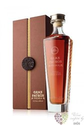 "Grand Patron "" Piedra Extra aňejo "" 100% of Blue agave Mexican tequila 40% vol.0.70 l"