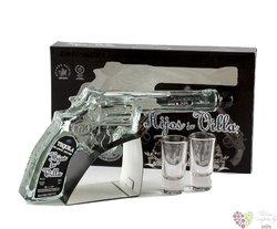 """Hijos de Villa Revolver """" Blanco """" Mexican tequila 40% vol.   0.20 l"""