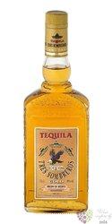 """Tres Sombreros """" Gold """" mexican tequila  38% vol.  1.00 l"""
