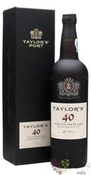 "Taylor´s 40 years old "" Wood aged tawny "" Porto Doc 20% vol.   0.75 l"