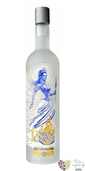 Snow Queen premium Russian - Kazakhstan vodka 40% vol.  0.50 l
