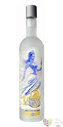 Snow Queen premium Russian - Kazakhstan vodka 40% vol.  0.70 l