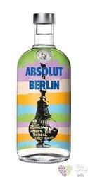 "Absolut city "" Berlin "" country of Sweden superb vodka 40% vol.    0.70 l"